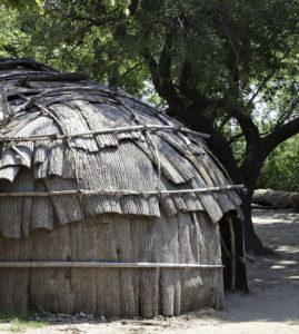 wampanoag tribe hut in mashpee ma_things to do in mashpee massachusetts_mashpee tourism