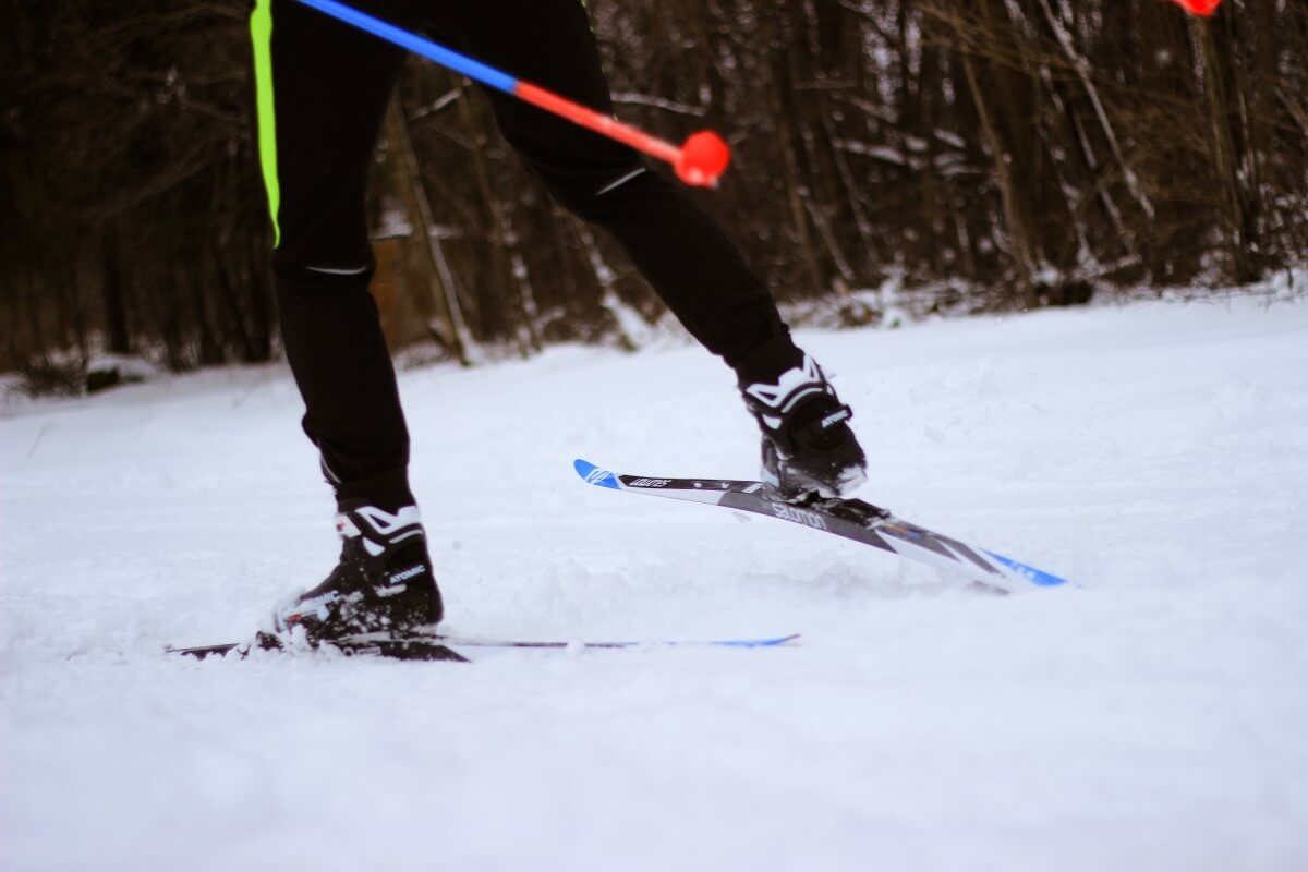 image of person skiing_cross country skiing in cape cod_ things to do on cape cod_ cape cod winter activities