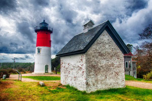 historic district and lighthouse_cape cod tours