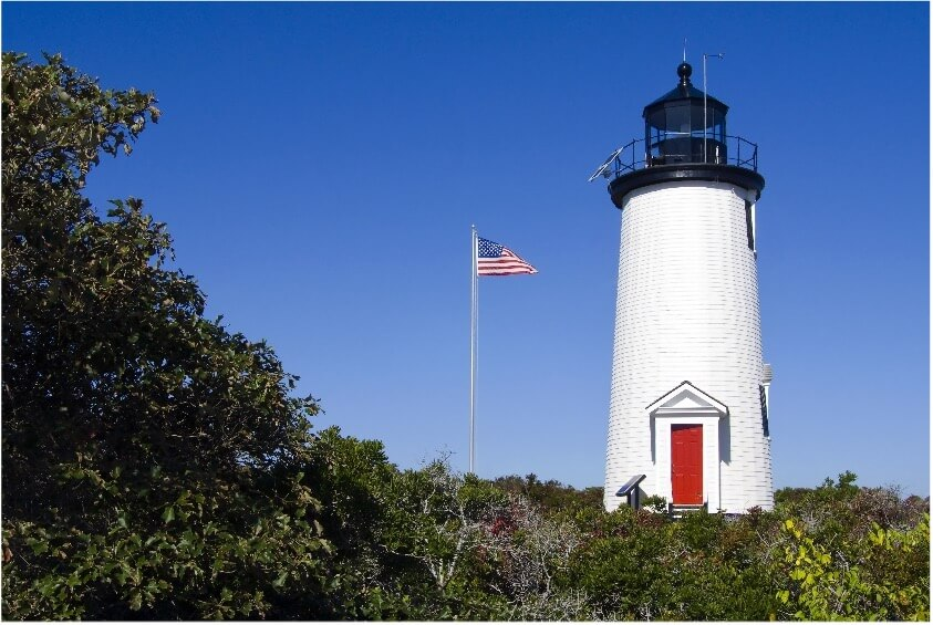 lighthouse on chappaquiddick island_things to do on cape cod