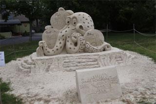 yarmouth sand sculpture trail sand art_cape cod sand sculptures