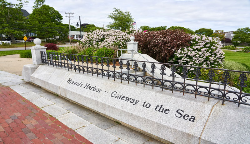hyannis harbor stone_things to do in cape cod_best things to do in barnstable