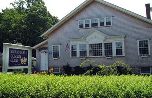 photo of exterior of barnstable comedy club_best things to do in barnstable