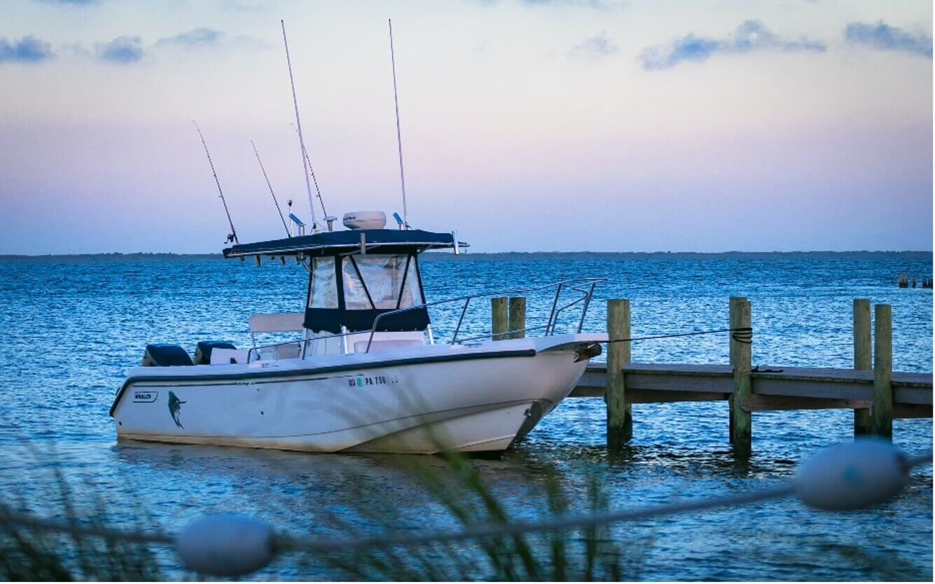 fishing boat at dock_cape cod boat rentals_things to do on cape cod