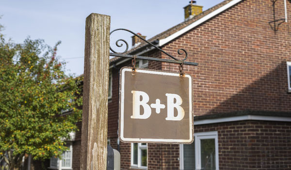 b&b sign in cape cod_everything you need to know for a cape cod winter vacation