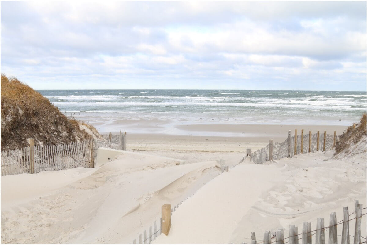beach and sand in cape cod_beaches in cape cod_swim in cape cod