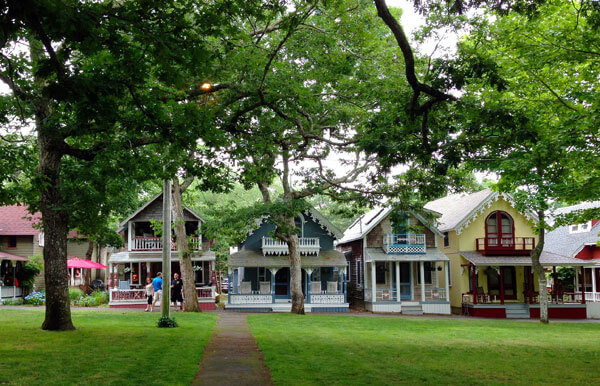 cape cod vs. martha's vineyard,  which one's for you?